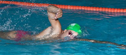 Nuoto Libero Assistito<br><img src=http://www.palestrapiramide.it/wp-content/uploads/2012/07/arancio_blu-1.png />
